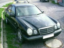 Mercedes Benz E W210
