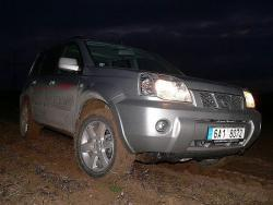 NISSAN X-TRAIL Columbia - bahno celk. pohled
