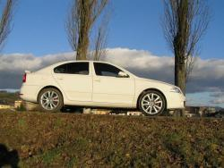 Škoda Octavia RS bok