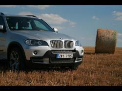 TEST: BMW X5 4,8i - prid