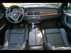 TEST: BMW X5 4,8i - int