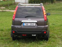 Nissan X-Trail 2.0 dCi - zad