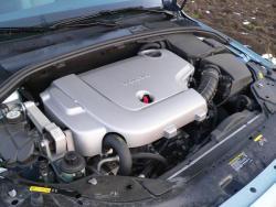 Volvo V70 D5 - motor