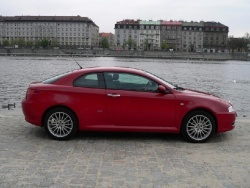 Alfa Romeo GT 1.8 TS - bok