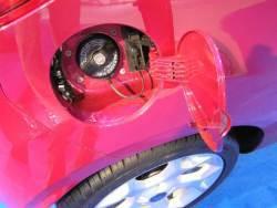 Ford Ka - autosalon - tank