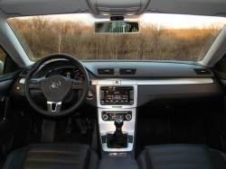 Volkswagen Passat 2.0 TDI - int1