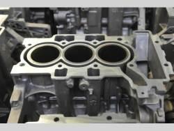 Tříválcový zážehový motor PSA