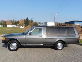 Mercedes-Benz 123 2.4 d