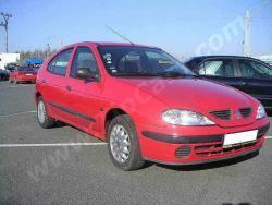 Renault Megane Proc Prestal Fungovat Tachometr