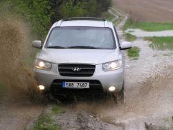 TEST: Hyundai Santa Fe 2,7 V6 - luxusní tank
