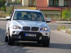 TEST: BMW X5 4,8i - jizda