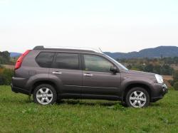 Nissan X-Trail 2.0 dCi -bok