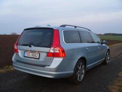 Volvo V70 D5 - bokozad