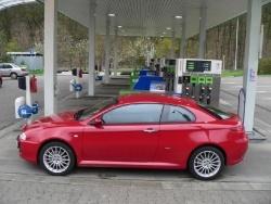 Alfa Romeo GT 1.8 TS - tank1