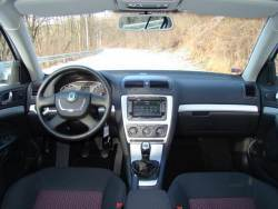 Škoda Octavia 1.4 TSI - int