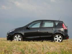 Renault Scénic 1.9 dCi - bok