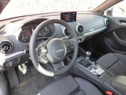 Audi A3 g-tron_int