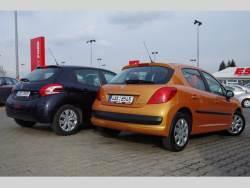 srovnání Peugeot 208 vs 207