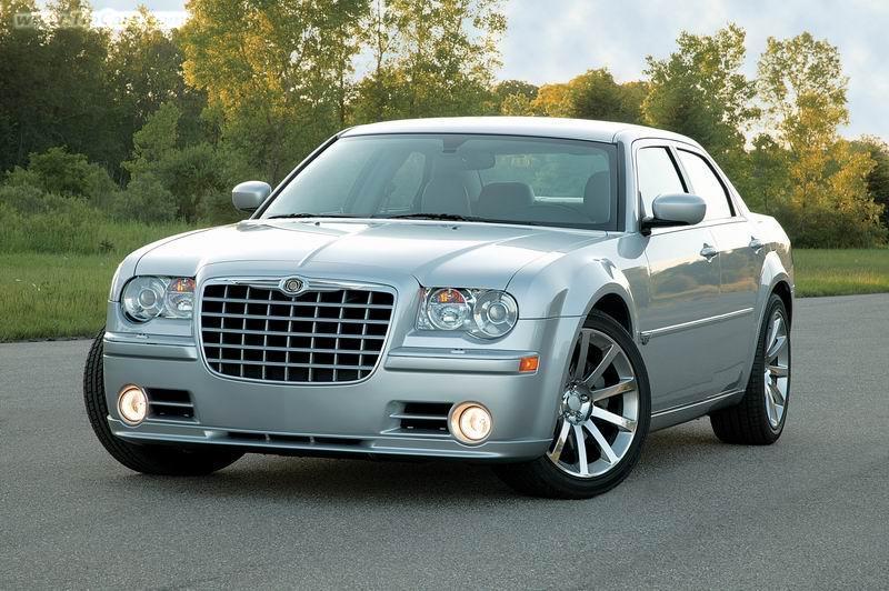 Chrysler 300c Srt8 415 Kon 237 Pod Kapotou